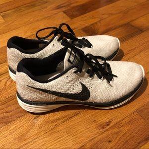 Women's Nike Flyknit Lunar 3